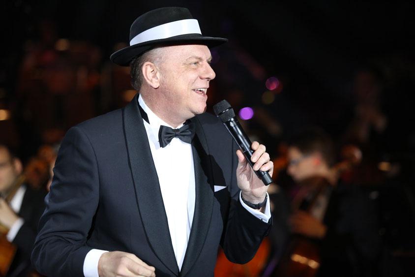 Anfang 2004 hat Jens Sörensen seine umjubelte Premiere der Sinatra-Story im Bümmersteder Krug gefeiert.