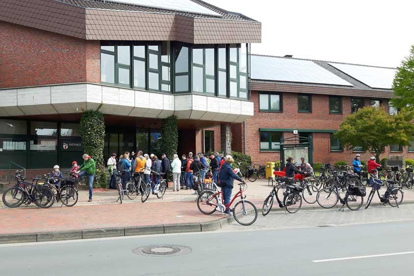 Die Tourist-Information Wardenburg veranstaltet in diesem Jahr zum 16. Mal eine Schlemmer-Radtour. Eine von den Stationen ist der Bümmersteder Krug.